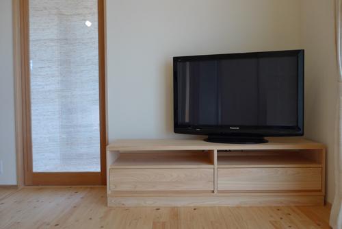 ひのき無垢のテレビボード