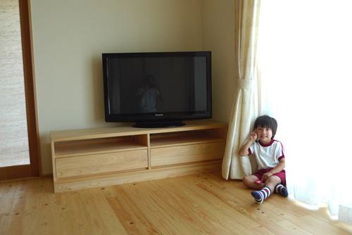 桧無垢のテレビボード