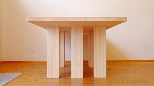 6本脚テーブル