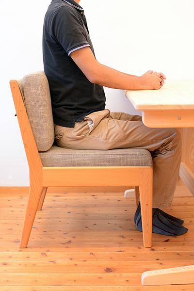 ひのき 背もたれクッション 使用例3