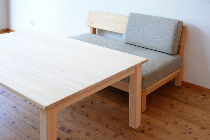 ひのき無垢 幕板無しテーブル3